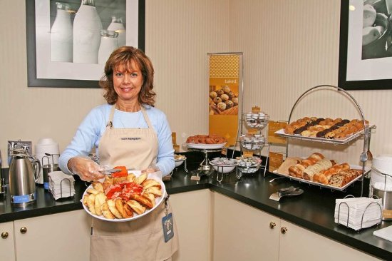 Lexington, SC: Breakfast Host