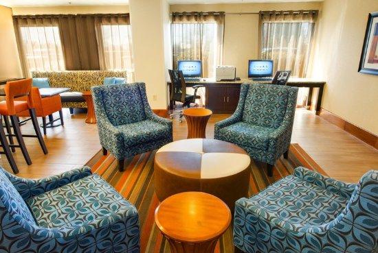 Business Center - Hampton Inn Gaffney