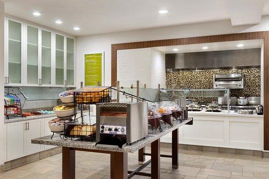 hilton garden inn medford 98 1 2 1 updated 2018. Black Bedroom Furniture Sets. Home Design Ideas