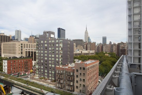 Hotel Americano: City View