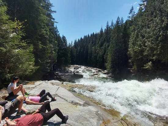 Maple Ridge, Canadá: Hikers relaxing