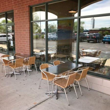 Champaign, IL: Outdoor seating