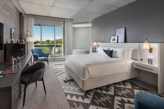 Paradise Valley, AZ: Immerse Premium Guestroom