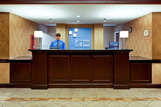 Kingsport, TN: Front Desk/Reception