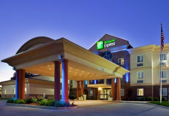 Warrenton, MO : Hotel Exterior