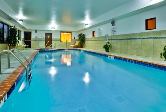 Waterloo, IA: Take a dip in our heated pool.