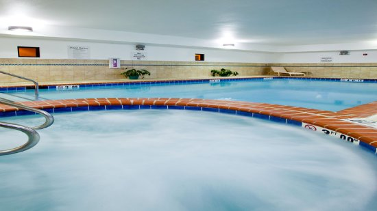 Unwind in our whirlpool at the Holiday Inn Express Waterloo.