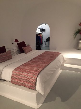 Astra Suites: Master bedroom with closet. Has a door for privacy