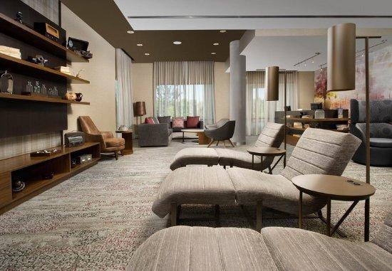 Duluth, Τζόρτζια: Lobby Lounge