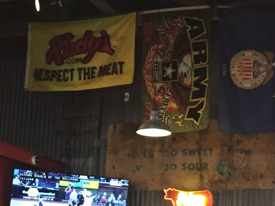 Goodyear, AZ: Rudy's Country Store and Bar-B-Q