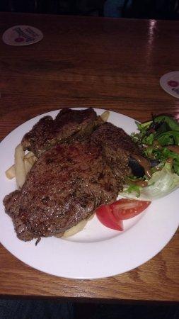 Speaker's Corner Ale House : Now that's a steak for 15 bucks