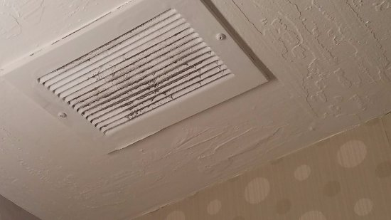 Concord, CA: Dirty vent in room
