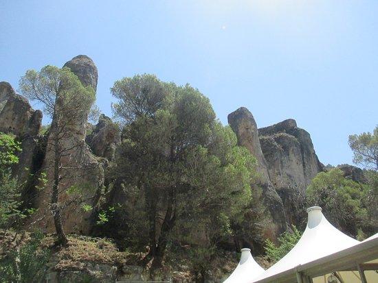 Parador de Cuenca: Vistas en la piscina