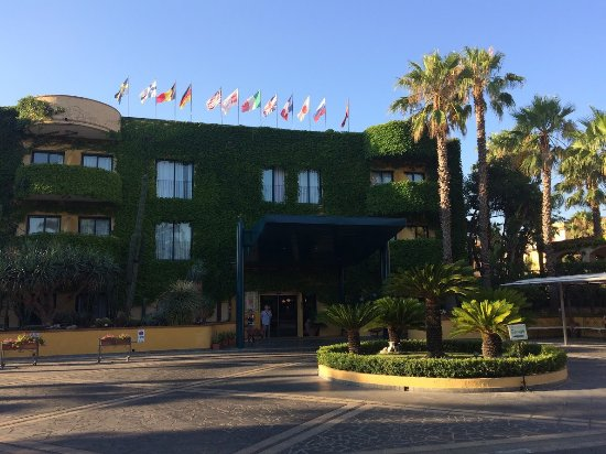 Hotel caesar palace foto di hotel caesar palace - Hotel caesar palace giardini naxos ...