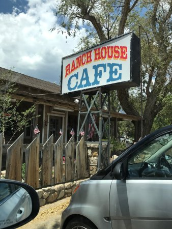 Olancha, Californië: A few shots of the Ranch House Cafe