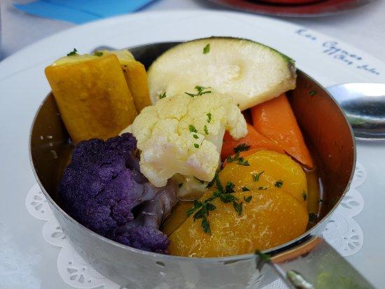 Margencel, Francia: les légumes qui accompagnent les plats