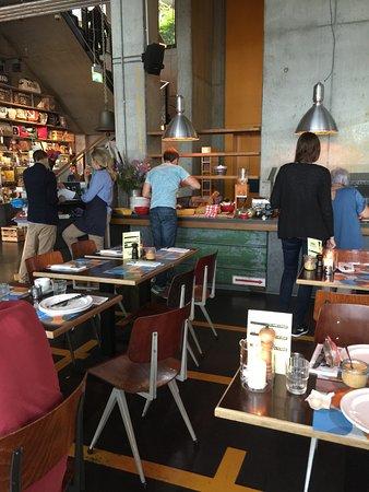 Frühstücksbereich - Bild von Heimat Küche + Bar, Hamburg - TripAdvisor