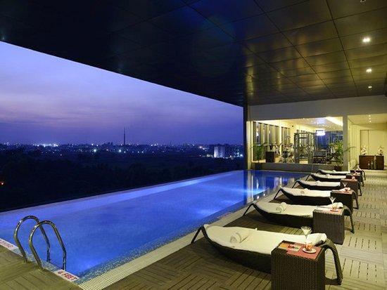 Sayaji hotel raipur bewertungen fotos preisvergleich for Preisvergleich swimmingpool