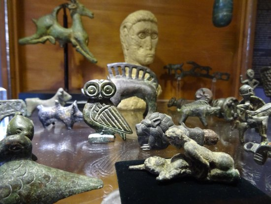 Ventry, Ireland: Items from the displays