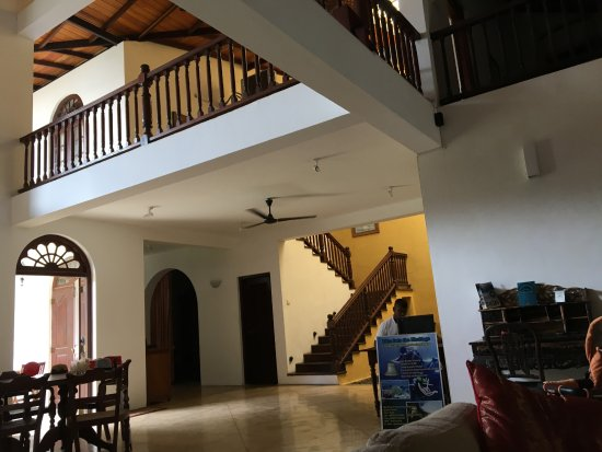 Galle Heritage Villa by Jetwing: Living area and lobby