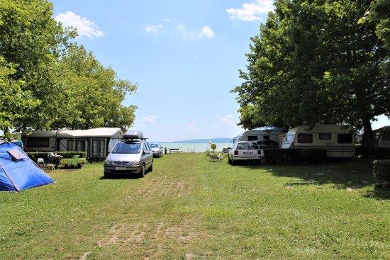 Balatonakali, Węgry: camp and nice view
