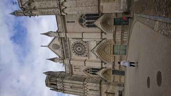 Church of Notre Dame la Grande: DSC_1382_large.jpg