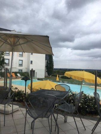 Novotel Amboise: Vue du restaurant de l'hôtel.