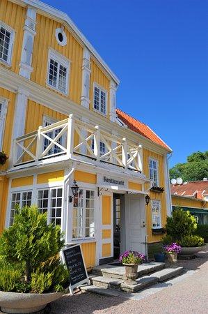 Vargön, Sverige: Ronnums Herrgård. Restaurang ingång