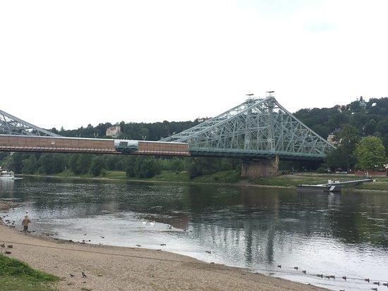 Blaues Wunder (Loschwitzer Brücke): photo1.jpg