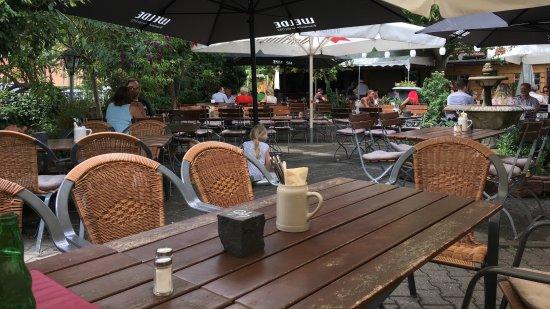 Schlossgartenrestaurant Blaues Loch: Biergarten