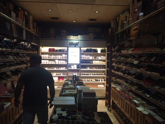 Сигарные бары
