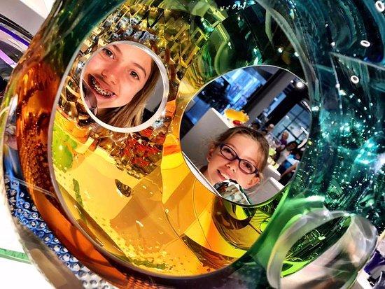 คอร์นนิง, นิวยอร์ก: gorgeous glasswork in the gift shop