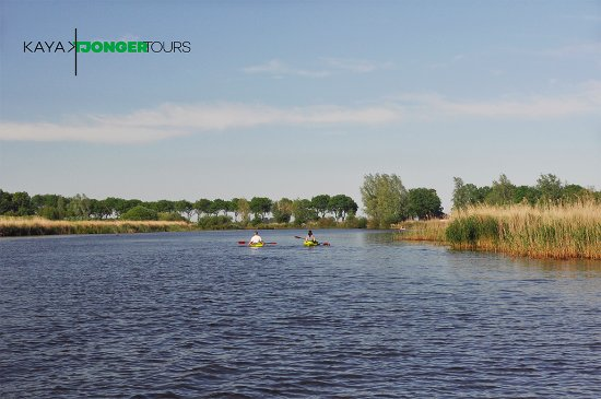 Delfstrahuizen, Holandia: Discover the Tjonger Valley and Rottige Meente in the province of Friesland