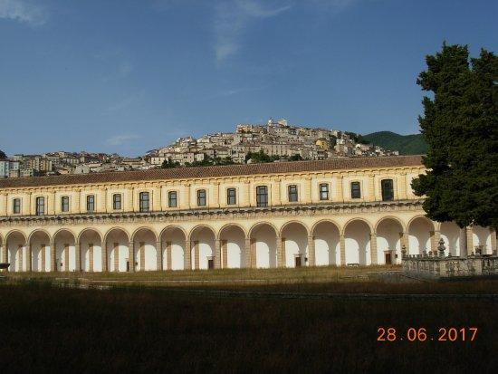 Certosa di Padula: Il chiostro grande