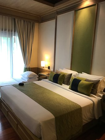 Chaweng Regent Beach Resort Photo
