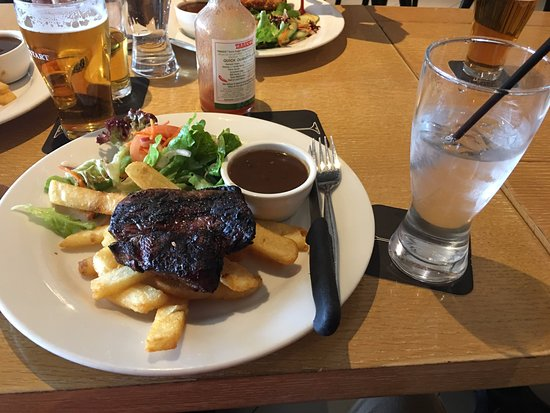 Camden Park, Australia: Plough and Harrow Pub and Restaurant