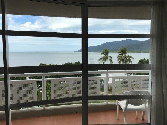 DoubleTree by Hilton Hotel Cairns: Room #622