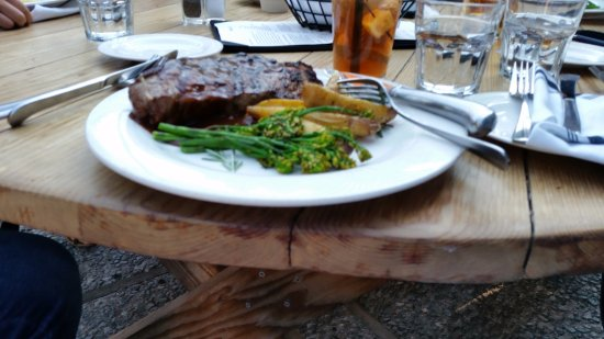River Ranch Lodge & Restaurant : NY Strip Steak Dinner