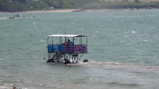 Bigbury-on-Sea, UK: If the tide comes in while on Burgh Island this is how you get back.
