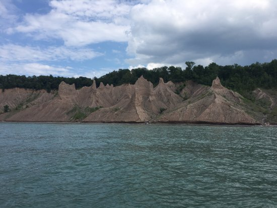 Chimney Bluffs State Park: photo0.jpg