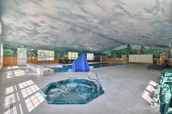 Lancaster, New Hampshire: Pool area 