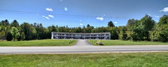 Lancaster, New Hampshire: Exterior Building
