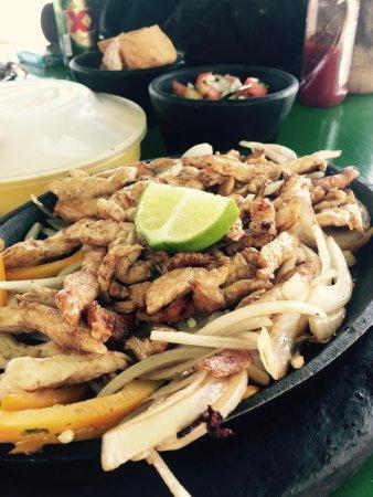 Mezcalitos Restaurant & Beach Bar Cozumel : photo0.jpg