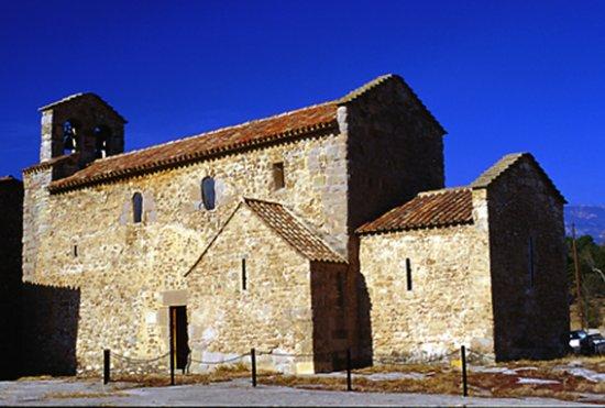 Iglesia romanica de Sant Vicenc d'Obiols