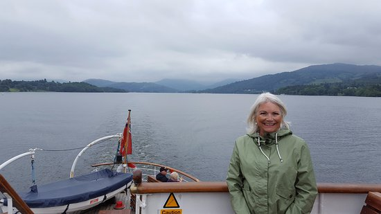 Bowness-on-Windermere, UK: A view of the North of the lake from the stern