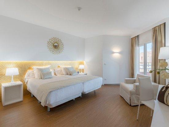 Oliva Nova Beach & Golf Hotel: Premium Doble