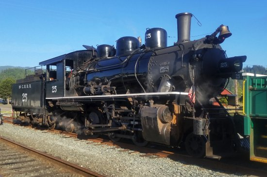 Garibaldi, OR: Oregon Coast Scenic Railroad locomotive