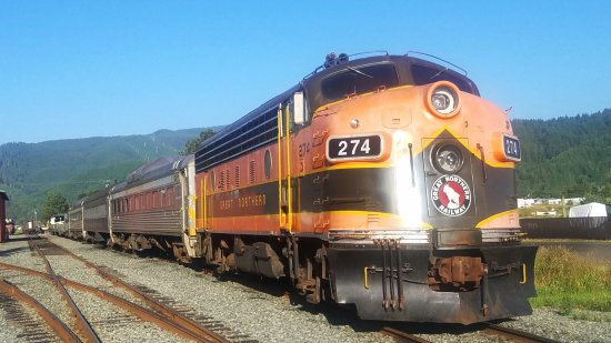 Garibaldi, OR: Oregon Coast Scenic Railroad locomotive