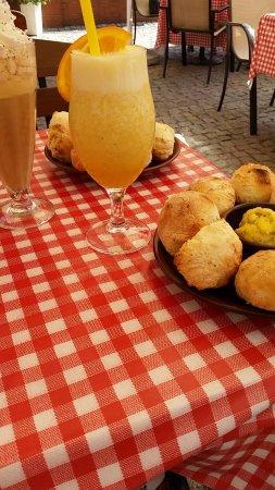 Ruda Slaska, Polonia: buleczki z maselkiem