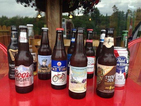 West Forks, ME: Bottled beer choices !
